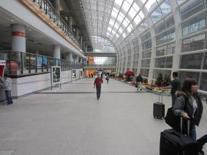 hong_kong_airport_cheap_2
